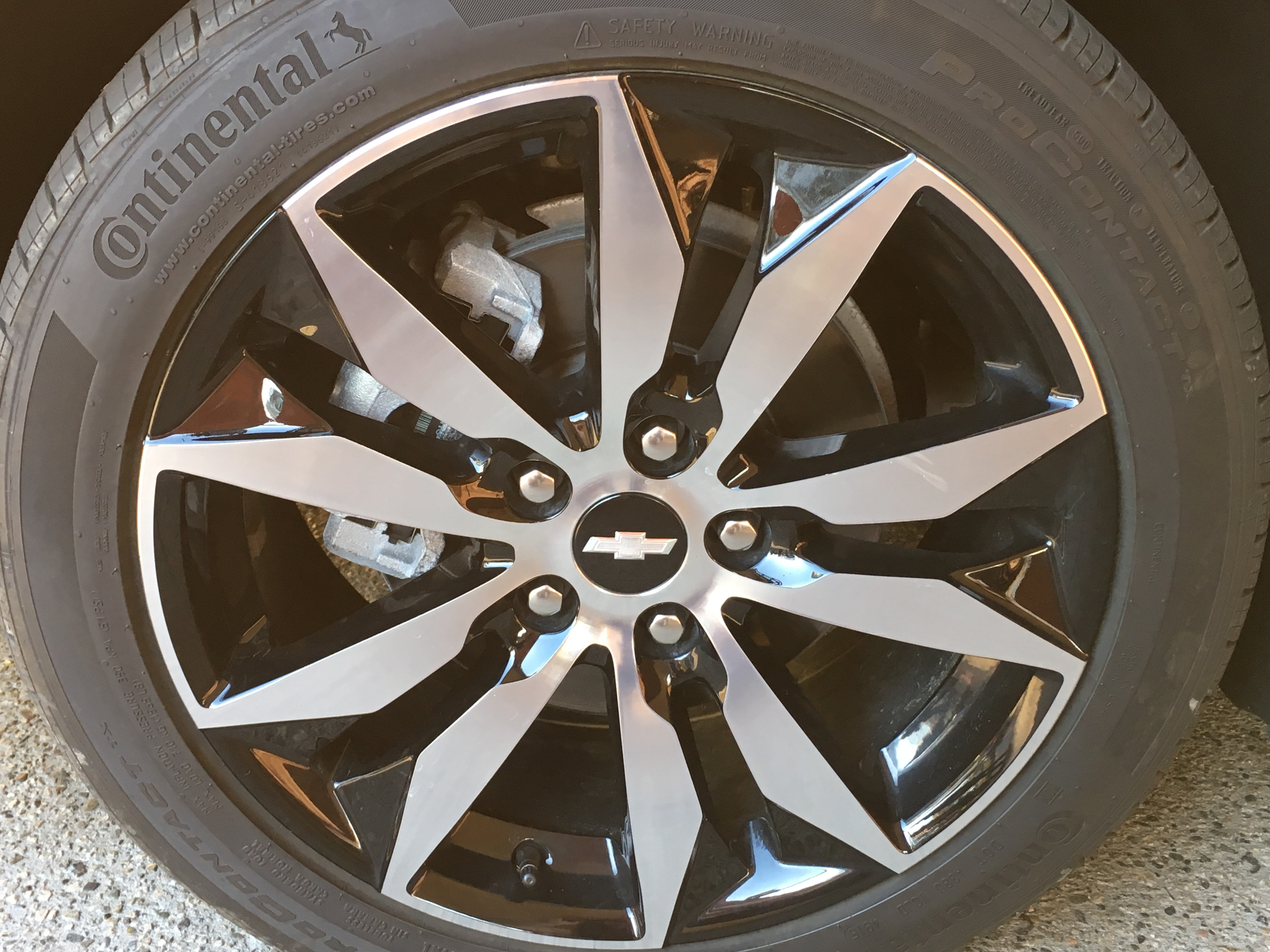 "New Chevy Malibu Rims available in ""16 x 7.5"" steel or aluminum or ""17 x 8"" aluminum."